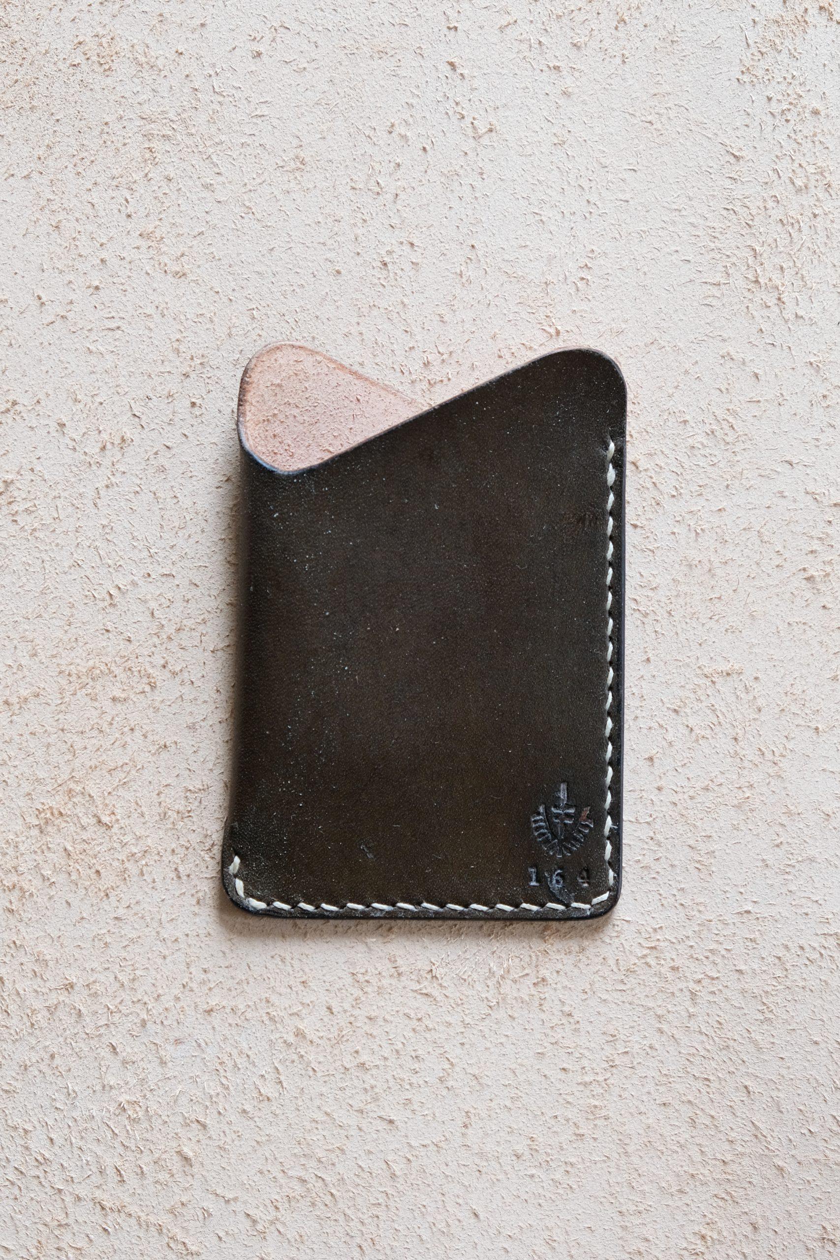 lerif designs leather wave cardholder vinegaroon on beige background